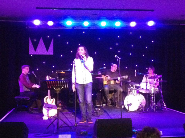 "Ferg singing ""Message to My Girl"" with Oz Cocktails (featuring Kate Ceberano on drums!) at the Adelaide Cabaret Festival Piano Bar"